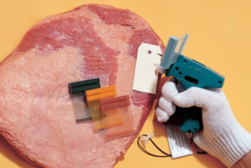Textilné kliešte a splinty pre špeciálne označovanie tovaru